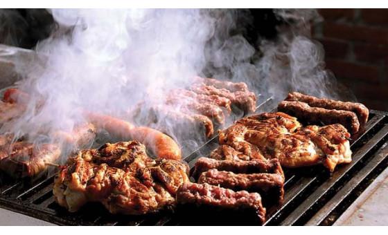 Гриловано, пушено месо
